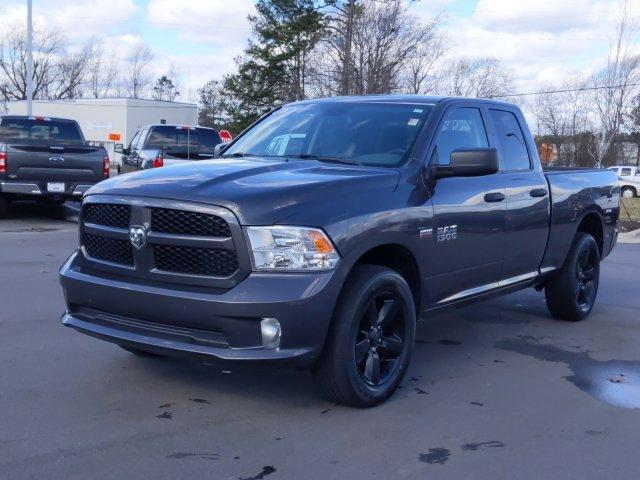 Pre-Owned 2016 Ram 1500 4WD Quad Cab 140.5 Express