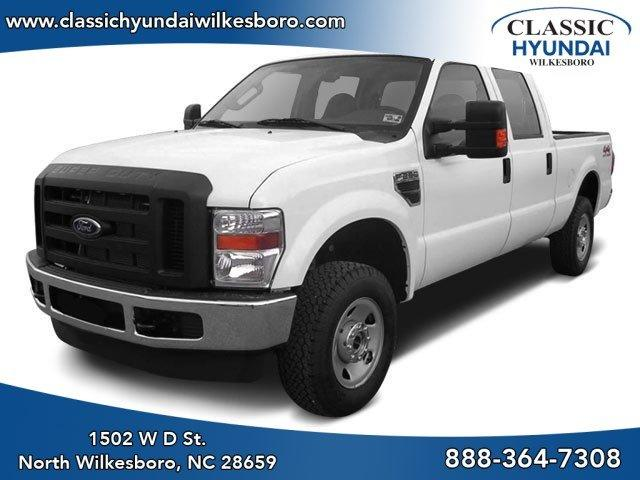 Pre-Owned 2009 Ford Super Duty F-250 SRW 4WD Crew Cab 156 XLT