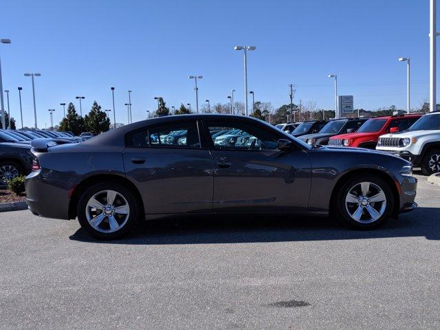 Pre-Owned 2015 Dodge Charger 4dr Sdn SXT RWD