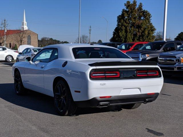 New 2020 DODGE Challenger SXT RWD