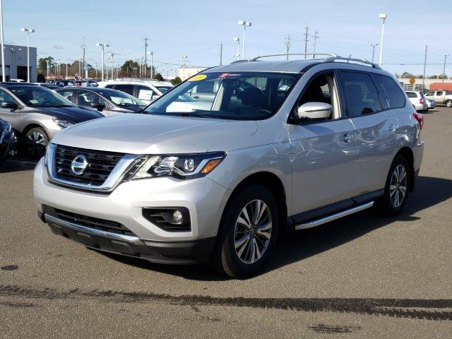 Pre-Owned 2018 Nissan Pathfinder 4x4 SV