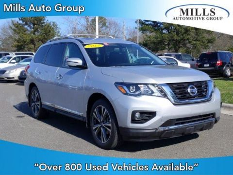 Pre-Owned 2017 Nissan Pathfinder 4x4 Platinum 4WD